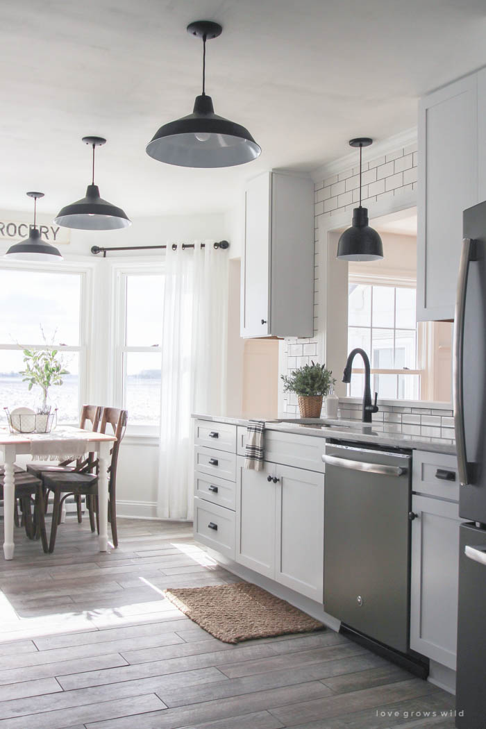 9 Wonderful White Kitchens
