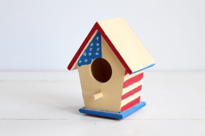 DIY Patriotic Birdhouse