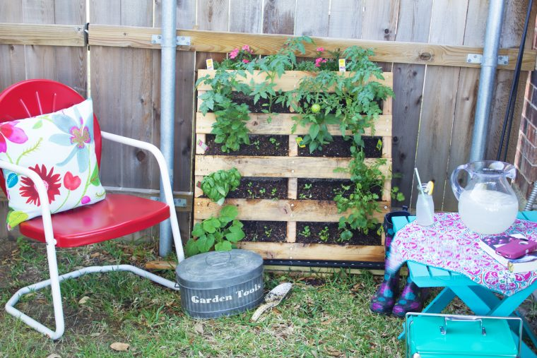 How to Build Pallet Garden from Pink Heels Pink Truck