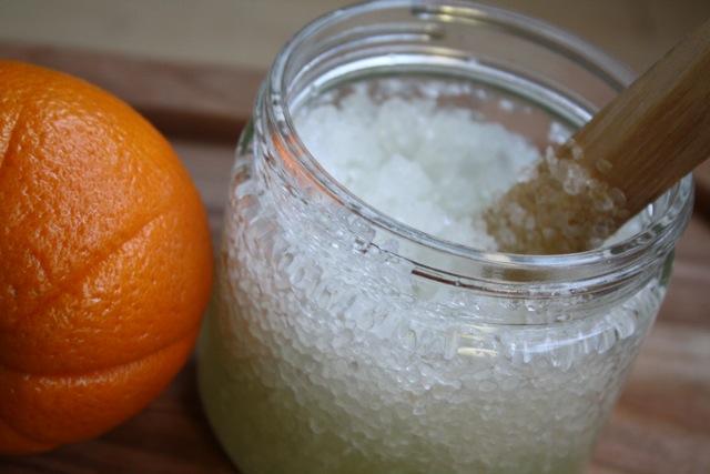 Simple Citrus Scrub - Yesterday on Tuesday #scrub #citrusscrub