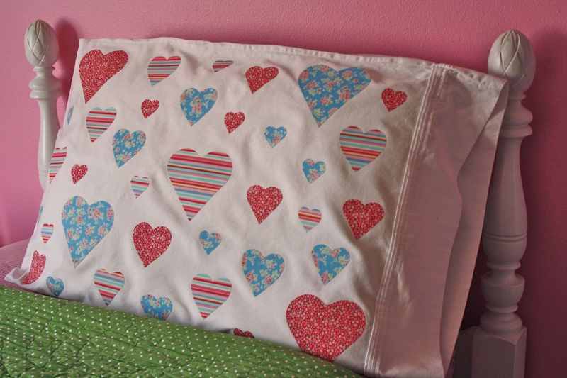 Sweetheart Pillowcase - Yesterday on Tuesday #valentinesday #hearts #valentinesgifts