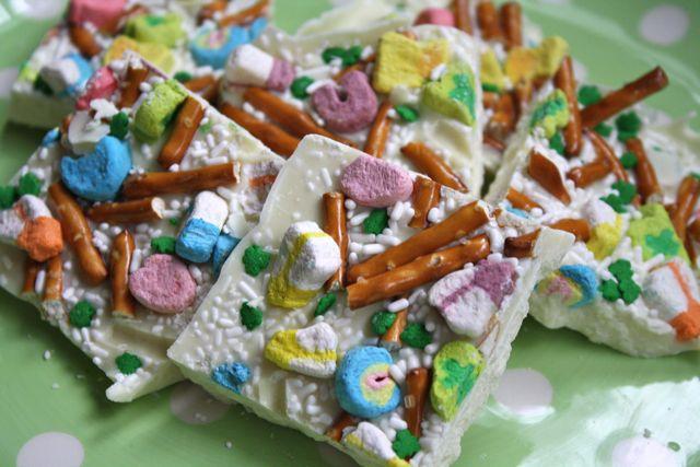 Leprechaun Crunch - #yesterdayontuesday #st.patrick'sday #st.patrick'sdayfood