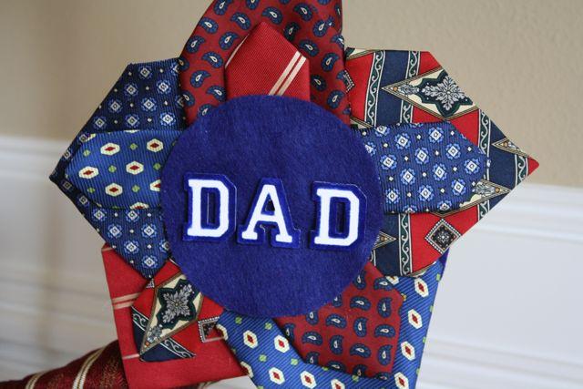 Necktie Wreath Star 5