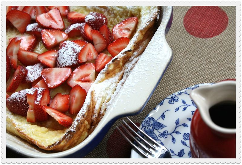 Strawberry Puffed Pancake with Syrup