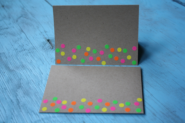 Neon Notes Dots - Yesterday on Tuesday