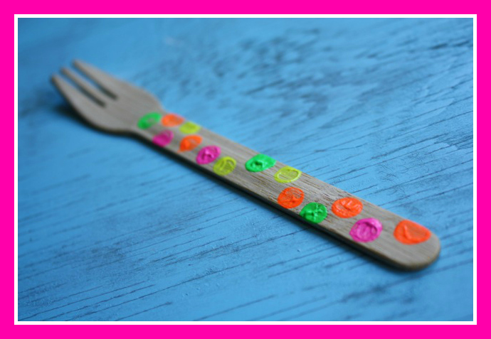 Neon Dotted Fork - Yesterday on Tuesday