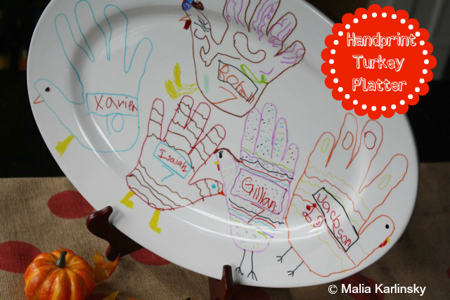 Handprint Turkey Platter - Yesterday on Tuesday #thanksgiving #turkey