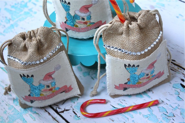 Bluebird Gift Bags - Yesterday on Tuesday #christmas #christmascrafts #christmasprintables #freeprettythingsforyou