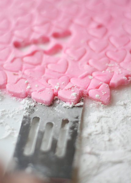 Homemade Valentine's Day Mints - Busy Mommy