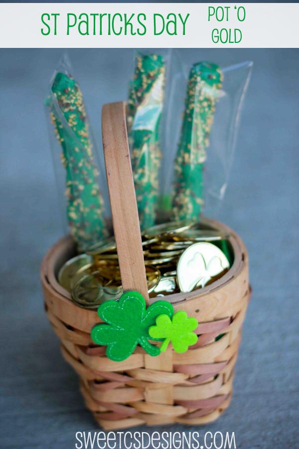 St. Patrick's Day Pot o' Gold - Sweet C's Designs #stpatricksday #stpatricksdaycrafts #greencrafts
