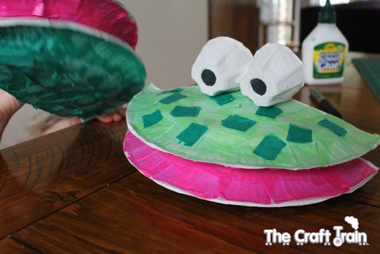 DIY Paper Plate Puppets