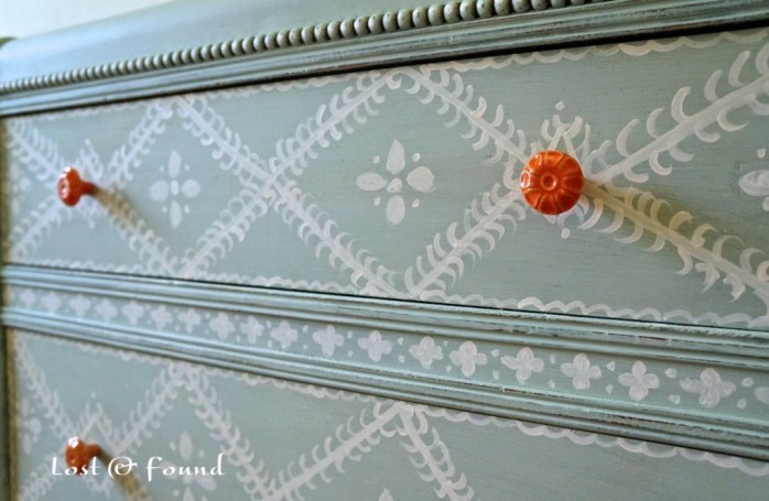 Waterfall Chest of Drawers Reveal