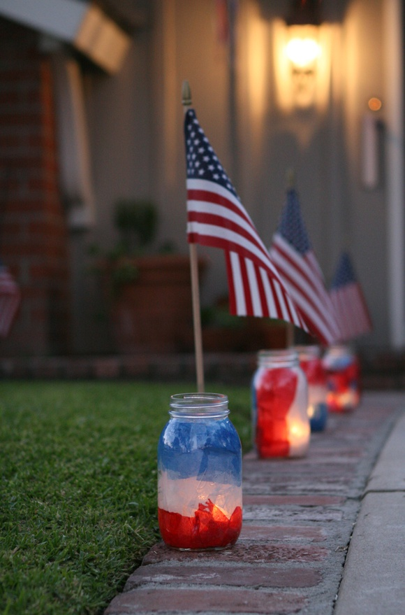 4th of July Mason Jar Luminaries by Four Flights of Fancy