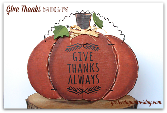 Make a meaningful Give Thanks sign for Thanksgiving