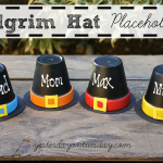 Thanksgiving Pilgrim Hat Placeholders, fun and cute craft for kids from https://yesterdayontuesday.com