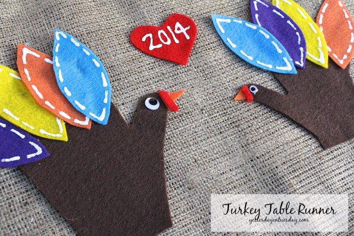 Turkey Table Runner, a great Thanksgiving Kid's craft from https://yesterdayontuesday.com