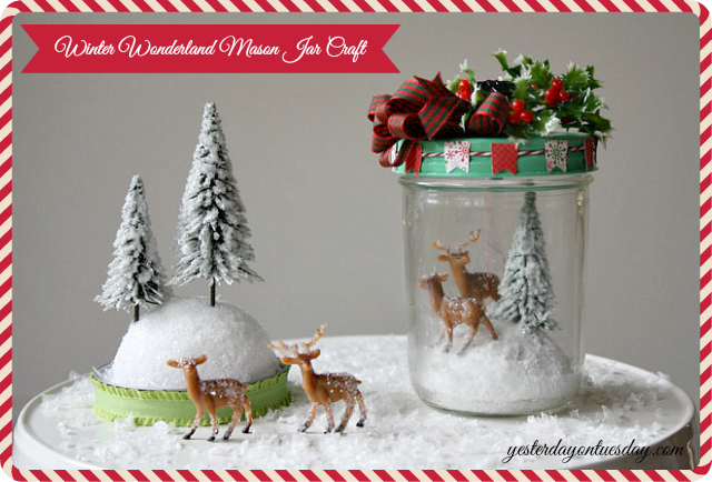 Lovely Christmas themed Mason Jar Craft from http://yesterdayontuesday.com