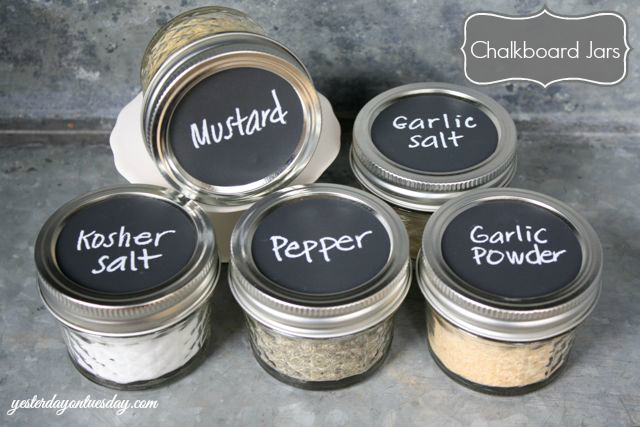 Chalkboard Mason Jars for Spices from http://yesterdayontuesday.com