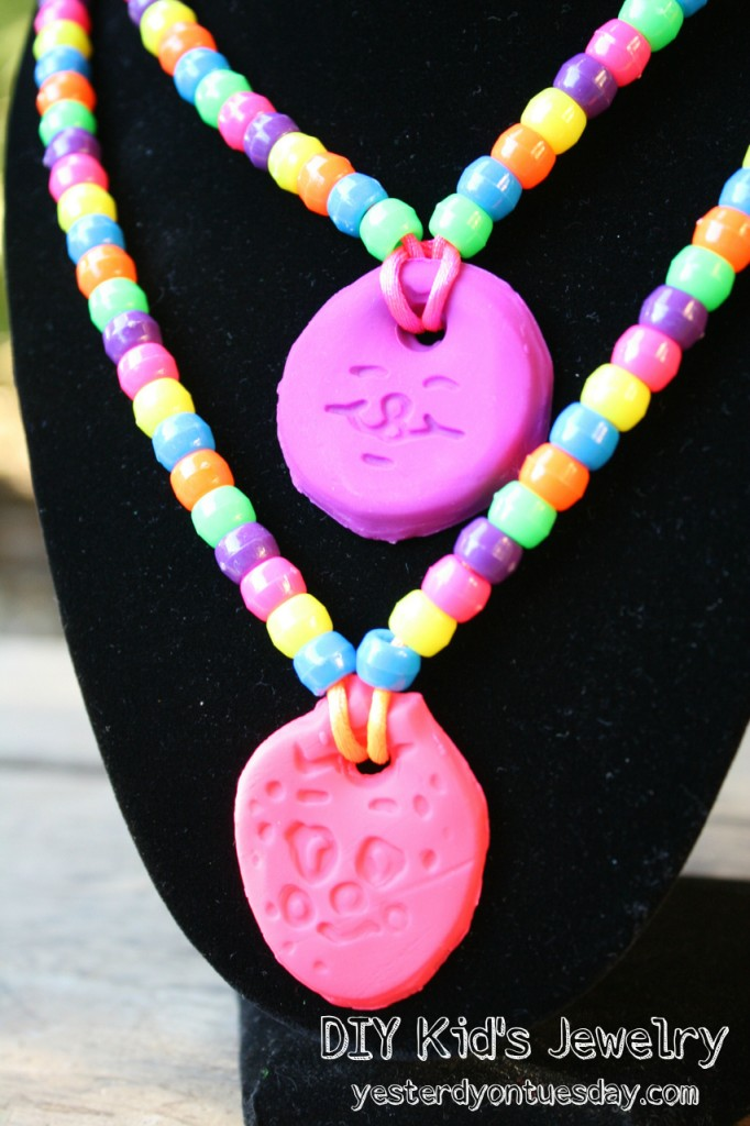Easy technique for kids to make jewelry from Yesterday on Tuesday