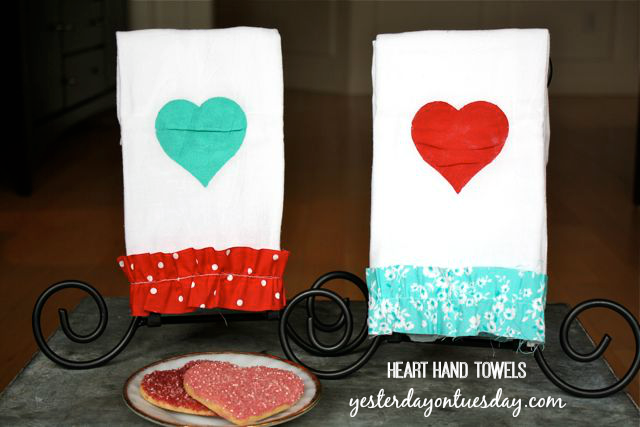 Heart Hand Towels cute Valentine's Day Gift from http://yesterdayontuesday.com
