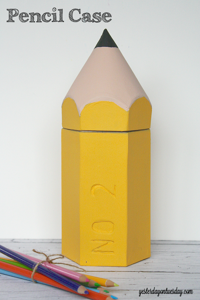 Make a cute case to store pencils from http://yesterdayontuesday.com #organizing