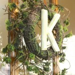 DIY Monogram Wreath, an easy spring or summer project to freshen up your door.