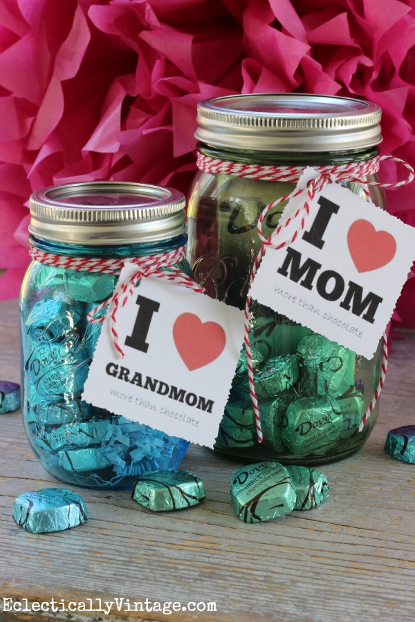 Mother's Day Gift Candy Mason Jar from Eclectically Vintage