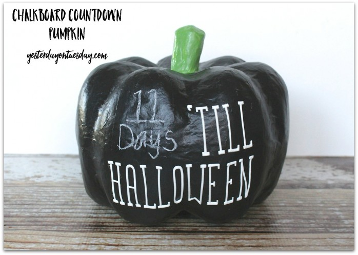 How to make a Chalkboard Countdown Pumpkin for Halloween