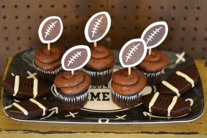 Tips and ideas for planning the Perfect Homegating Party this football season