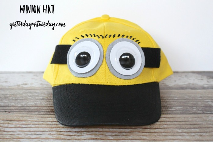 How to transform a yellow baseball cap into a cute Minions hat for Halloween