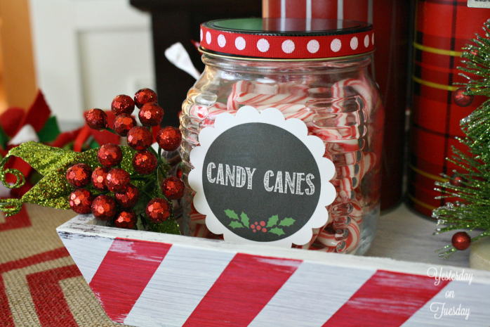 How to set up a Hot Chocolate and Coffee Bar, perfect for hosting holiday parties and gatherings. Recycle and update stuff you have to create a stunning display.