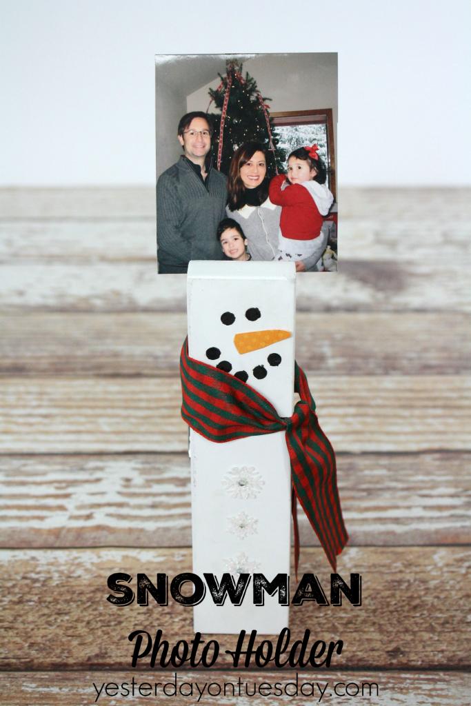 Transform a giant clothespin into a Snowman Photo Holder