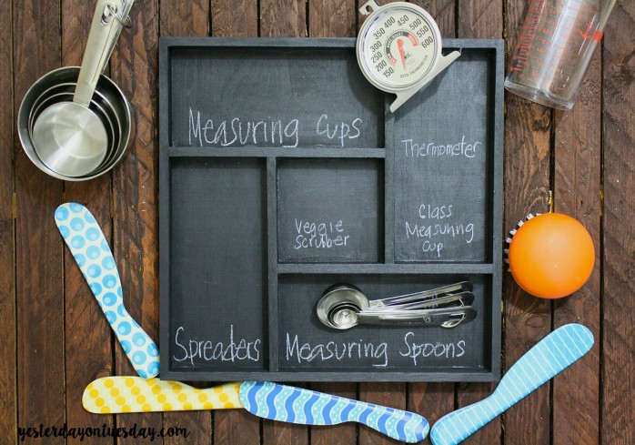 How to permanently organize your messy kitchen drawer, an easy DIY  organizing solution.