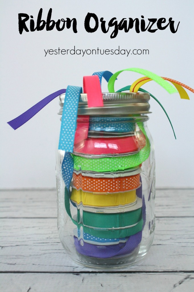 Organize your ribbons in a jar