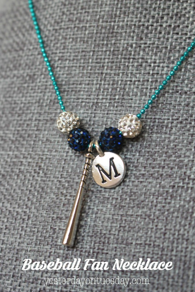 DIY Baseball Fan Necklace