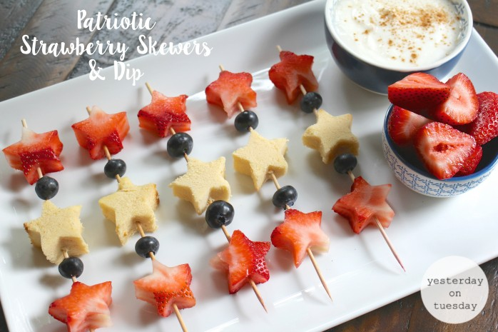 Patriotic Strawberry Skewers and Dip: The perfect recipe for your 4th of July barbecue or party, featuring fresh strawberries! A fabulous snack.