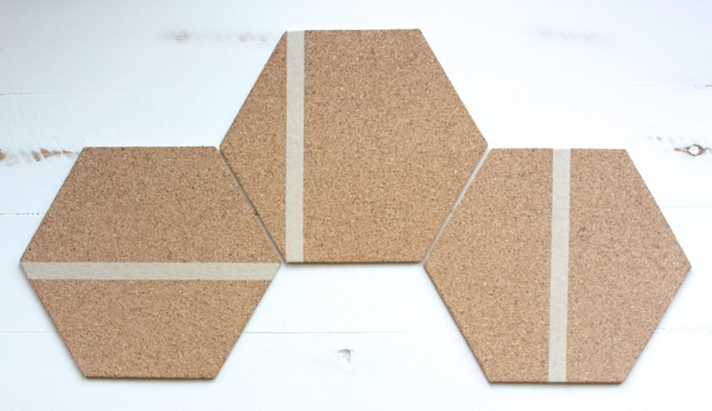 DIY Hexagon Bulletin Board, great back to school organizing idea for kids and  teens.