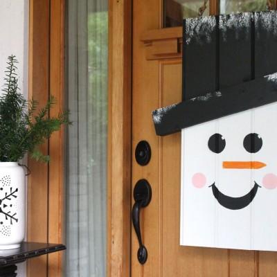 Seasonal Door Hanger with The Home Depot