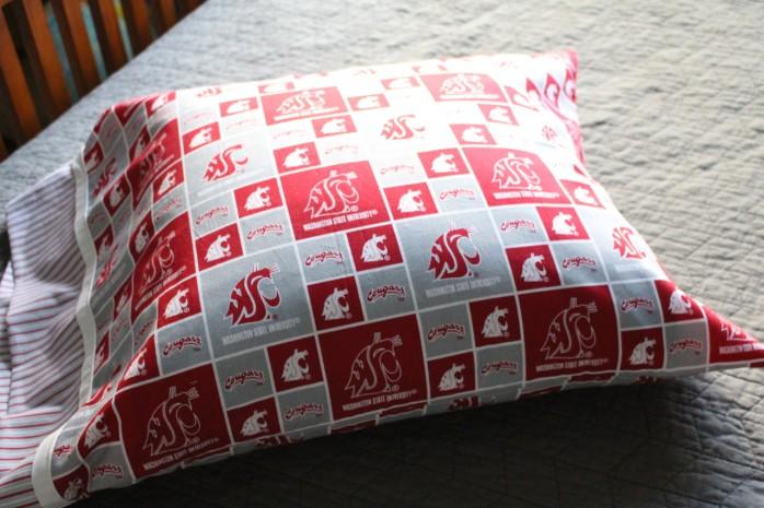 DIY Cougar Pillowcase