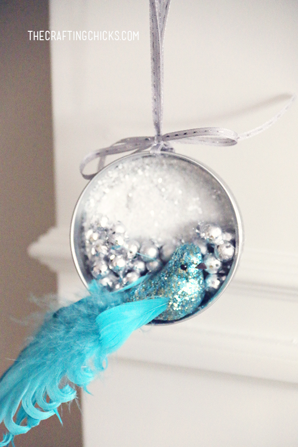 mason-jar-lid-ornament