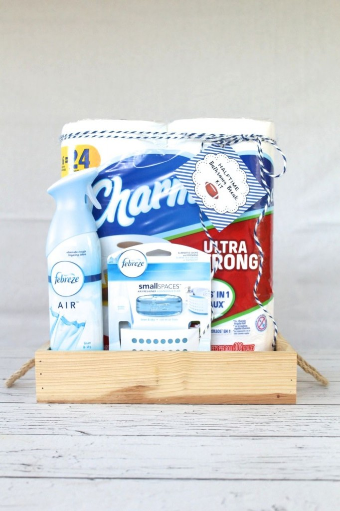 Halftime Bathroom Break Kit: Prep for the The Big Game and your guests with a Halftime Bathroom Break Kit plus printable label.