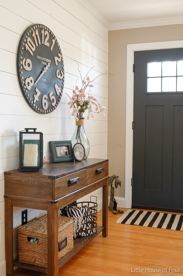 Spring Entryway from Little House of Four