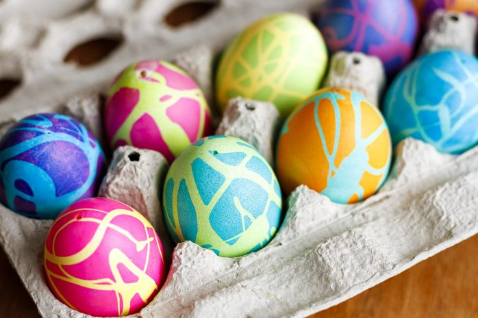 Coloring-Easter-Eggs