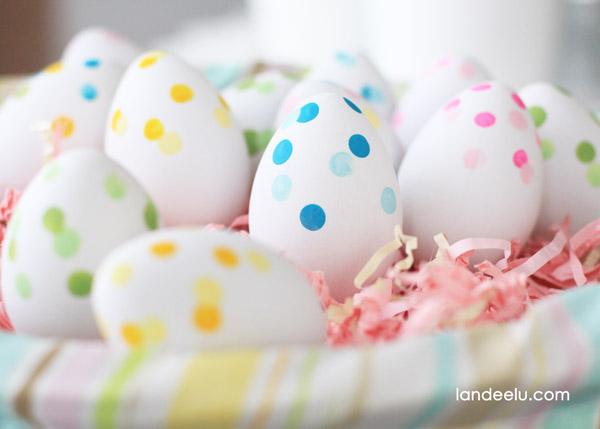Confetti Painted Easter Eggs by Landeelu