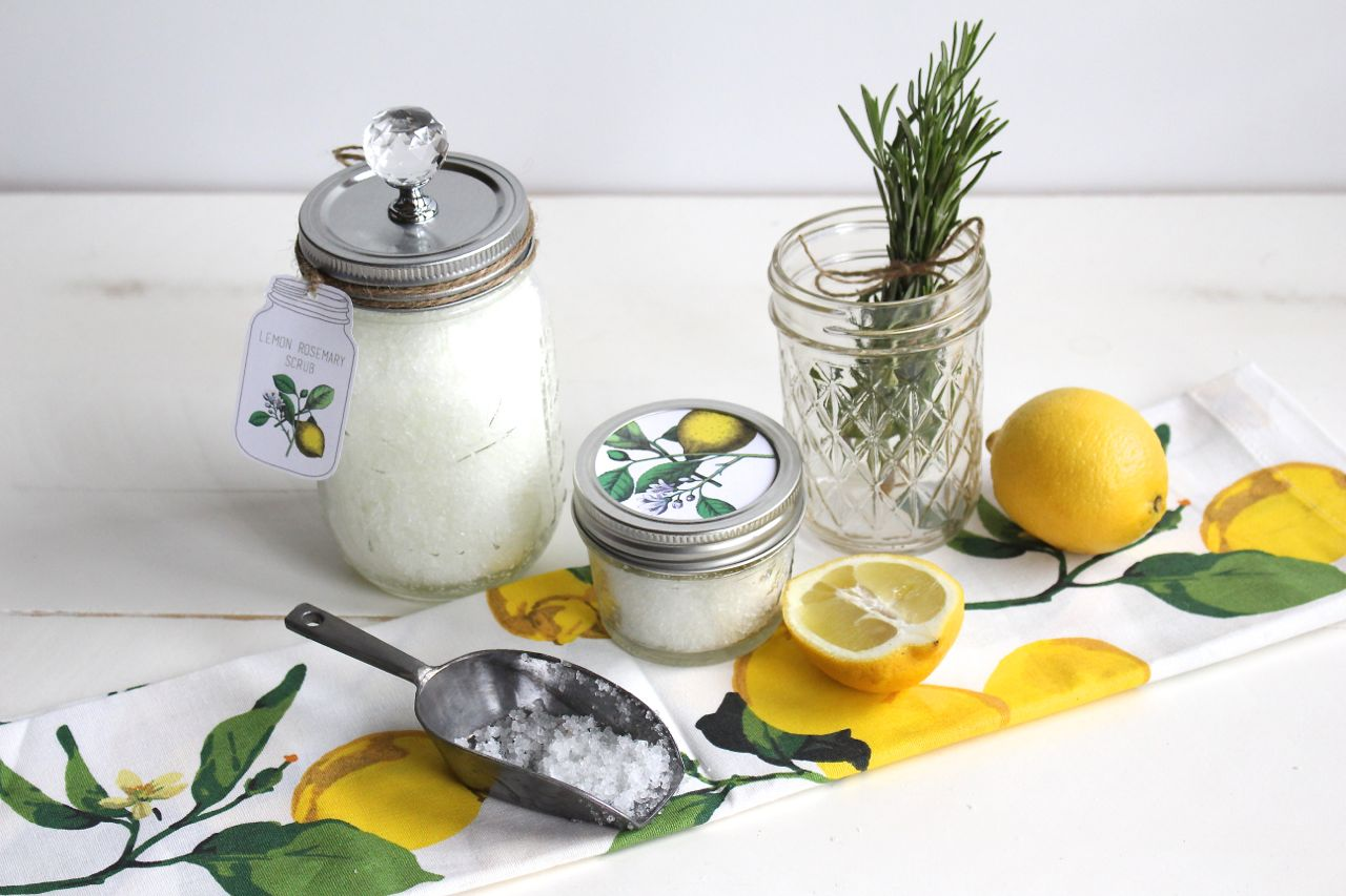 Lemon Scrub in a Mason Jar
